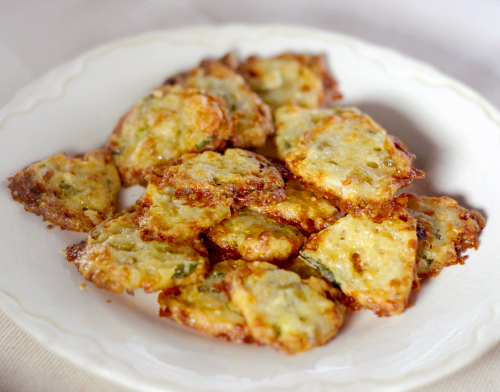 Light and Cheese Crackers with Scallions, Jalapenos and Olives
