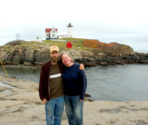 Jedd and Launie in front of a Lighthouse