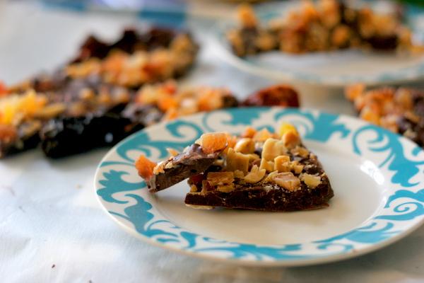 Chocolate bark plated